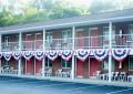 Creekwood Motel from outside